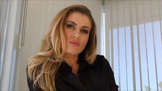 Ingyen pornó nincs regisztráció  maszturbálás közben szőrős pina megosztás Tini felesége